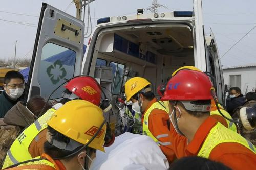 Záchranári v Číne vytiahli