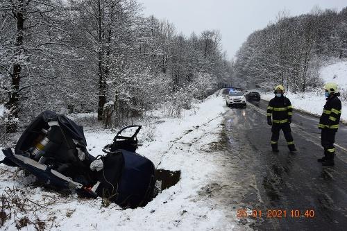 Polícia vyšetruje vážnu dopravnú