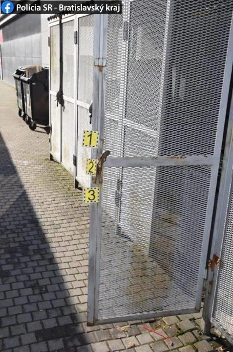 Zlodeji ukradli zo supermarketu
