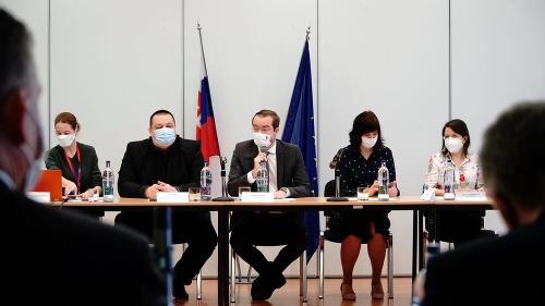KORONAVÍRUS Gröhling oznamuje opätovné