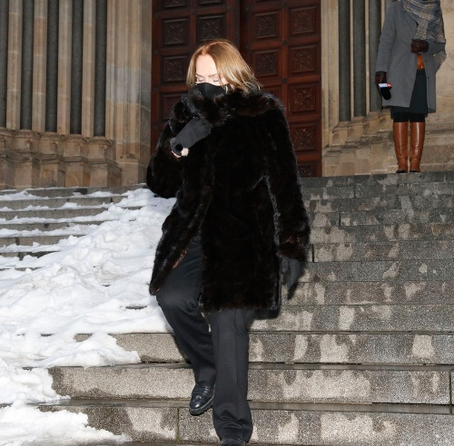 Havlová utiekla z kostola: