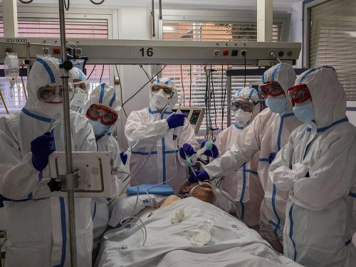 Koronavírus sa stále šíri