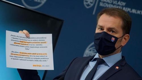 Ruská vakcína rozdeľuje politikov: