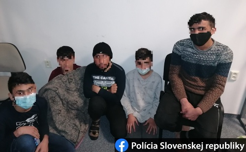 FOTO Polícia v Teranoch