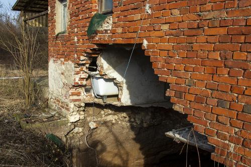 Po ničivom zemetrasení v