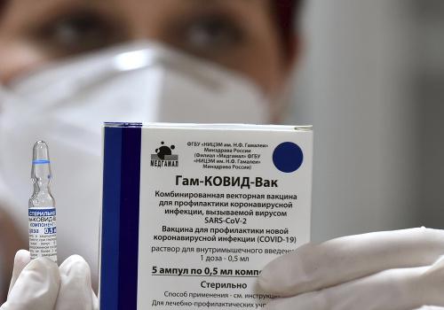 Rusko ponúklo veľvyslanectvám očkovanie