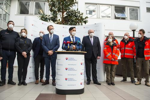 Slovensku pomôže v boji