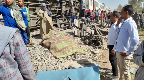 MIMORIADNE Zrážka dvoch vlakov: