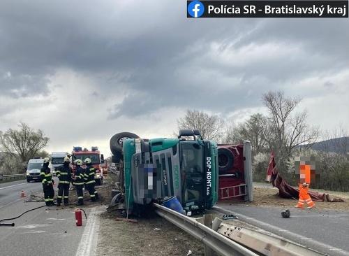 Nehoda na diaľnici D2