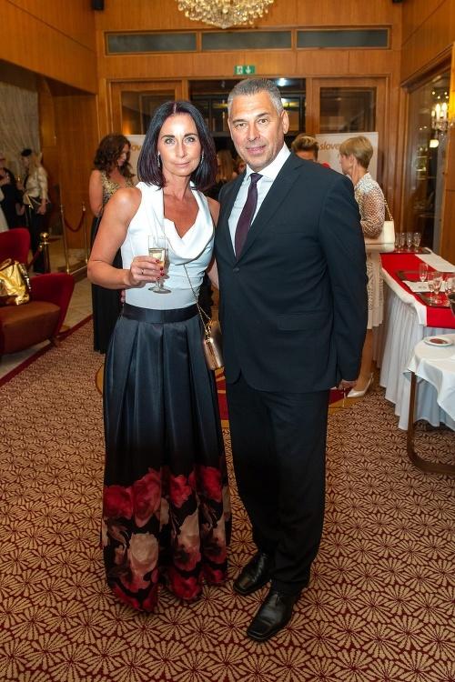 Marek Ťapák s manželkou