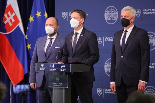 MIMORIADNE Slovensko reaguje na