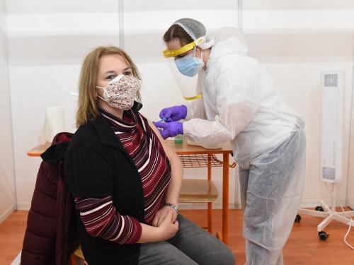 Očkovanie proti koronavírusu na