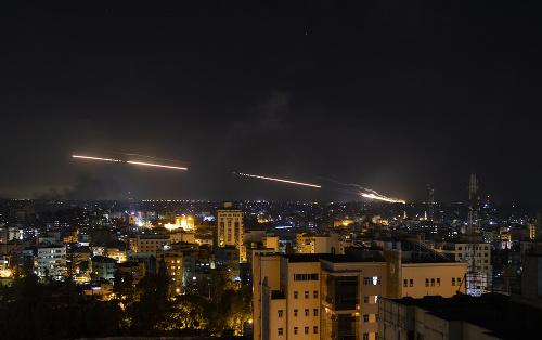 Rakety vypálené z pásma