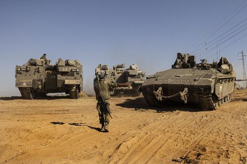 Izraelská armáda blízko hraníc