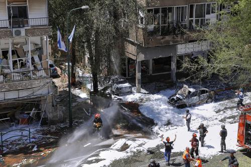 MIMORIADNE Zúrivý boj Izraela