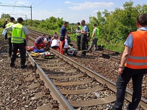 Vlak zrazil dve maloleté