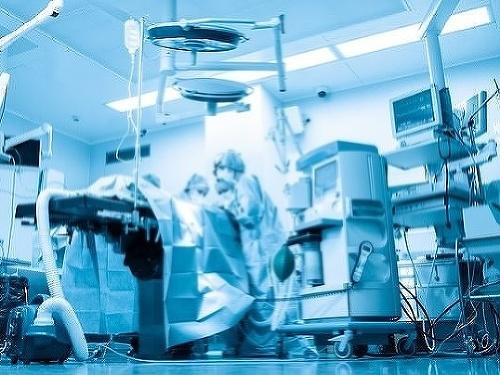 Pacientka (†80) zomrela po