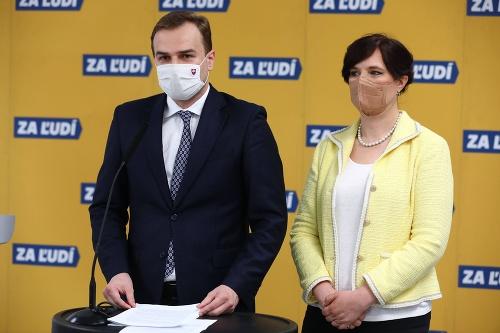 Tlačová konferencia strany Za