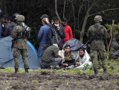 Afganskí utečenci na hraniciach