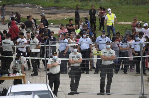 Polícia počas návštevy pápeža