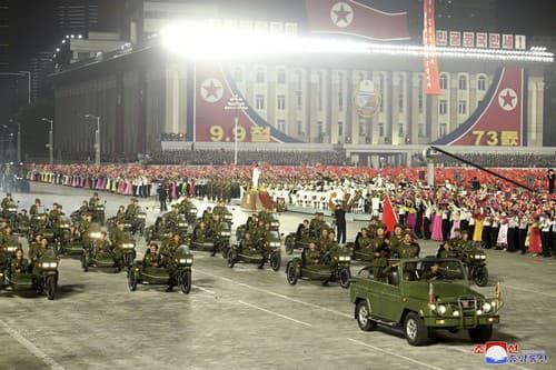 Vojenská prehliadka v Severnej