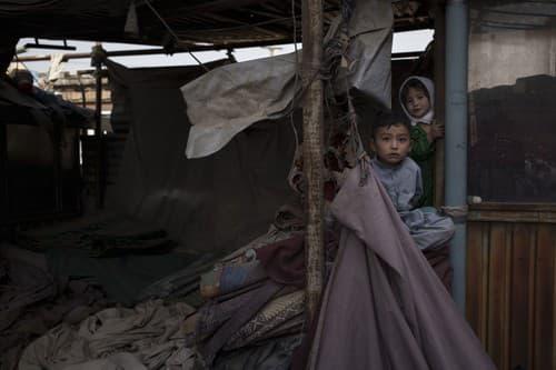 Afganistan po výbuchu v