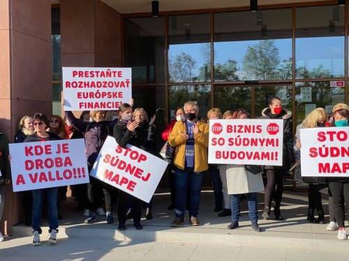 A big protest under Kolíková