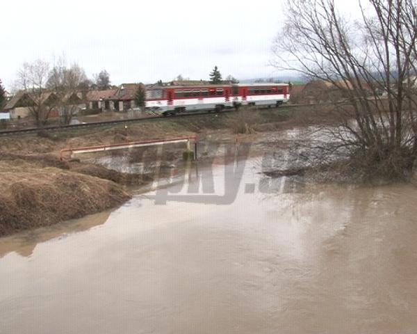 Rieka Slatina sa vyliala