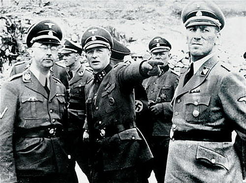 Novoobjavené denníky nacistického monštra