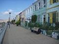 typické farebné domčeky