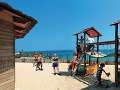 Rodičov malých detí by mohlo zaujímať, že vstup do mora je na väčšine miest Malorky veľmi pozvoľný a teda bezpečný, Španielsko