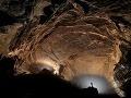 Sekcia zvaná 'Stádo tancujúcich slonov', jaskyňa Er Wang Dong, Čína