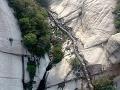 Cesta v skalách, Mount