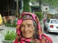 Stará žena v Pakistane