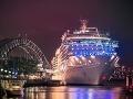 Loď Costa Luminosa v