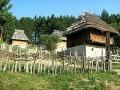 Skanzen Sirogojno, Srbsko