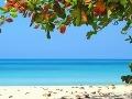 Pláže na Jamajke sú