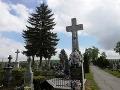Kríž na cintoríne s