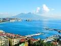 Neapol: Z prístavu je