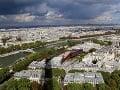 Výhľad z vrcholu Eiffelovej