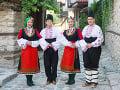 Tradiční bulharskí tanečníci