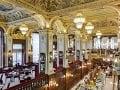 New York Cafe v