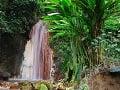 Diamantový vodopád, Ostrov Sv.