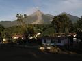 Na snímke sopka Volcán