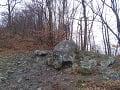 Trúbiaci kameň v časti