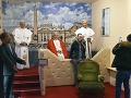 Voskové figuríny pápežov Františka,