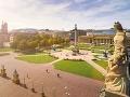 Námestie Schlossplatz v Stuttgarte.