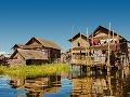 Domy na jazere Inle