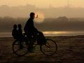Otec  na bicykli
