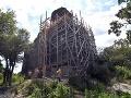 Zrúcanina Vinianskeho hradu nad